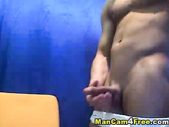 Pretty tight muscled twink hotly shows body shape and wanks his dick